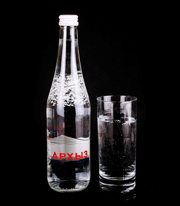 Минеральная вода Архыз без газа доставка в Орле ресторан Лабиринт