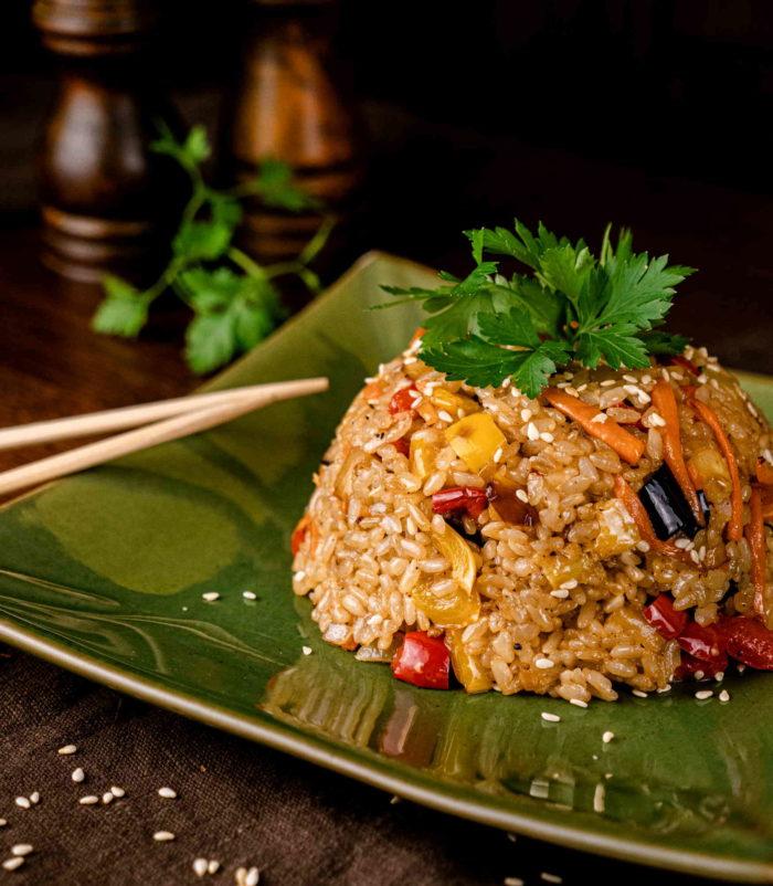 Рис Тяхан с овощами доставка суши и роллов в орле ресторан лабиринт