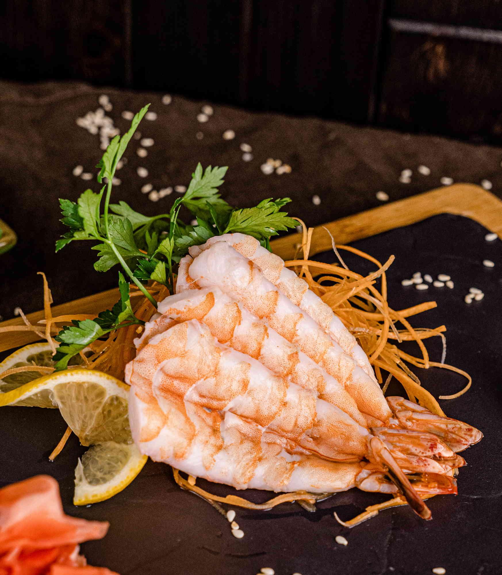 Сашими Креветка доставка суши роллов в Орле ресторан Лабиринт