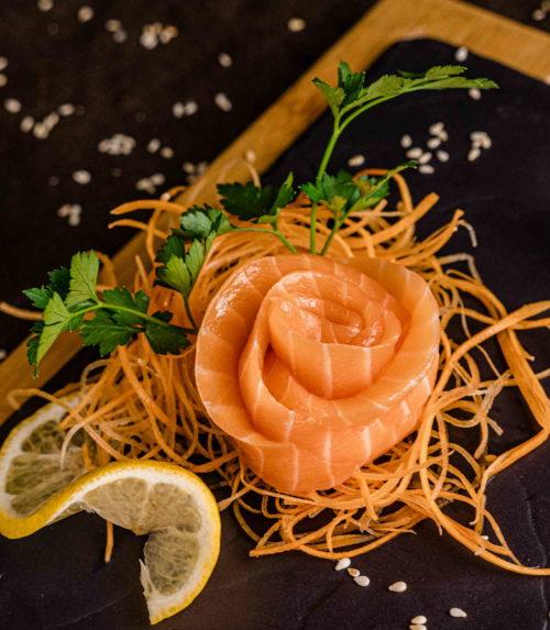 Сашими Лосось доставка суши роллов в Орле ресторан Лабиринт
