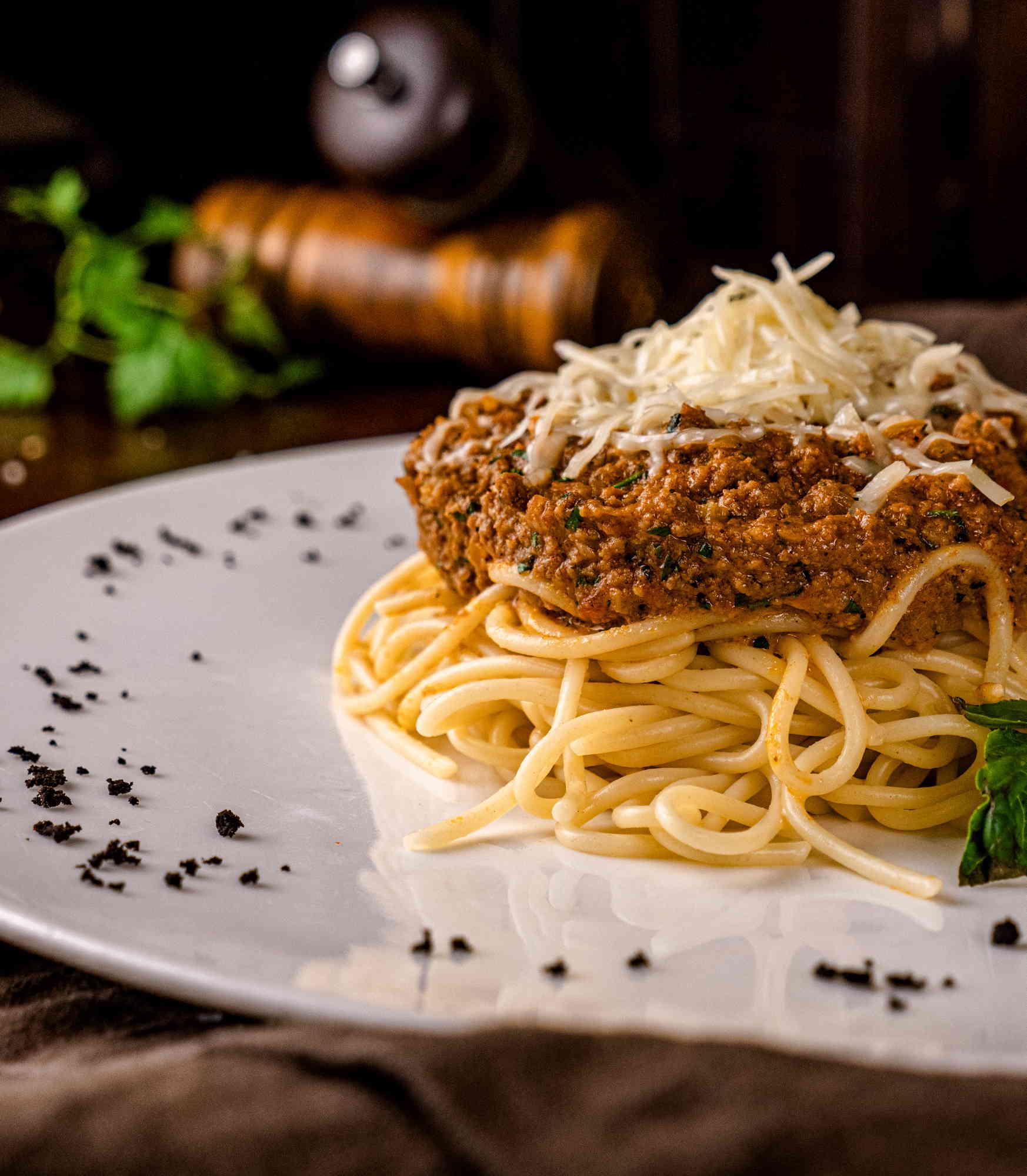 Спагетти с соусом Болоньез Доставка в Орле ресторан Лабиринт