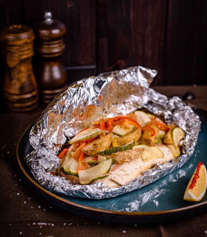 Форель радужная с овощами доставка ресторан Лабиринт в Орле