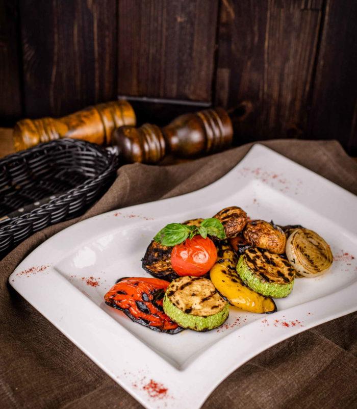 Овощи на гриле доставка ресторан лабиринт