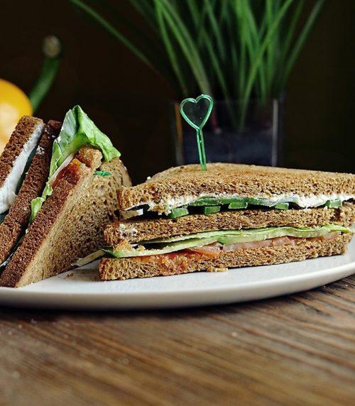 Сэндвич по-деревенски доставка сэндвичей и пиццы в Орле ресторан Лабиринт