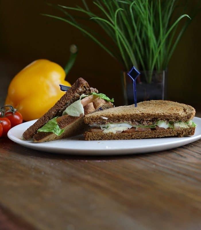 Сэндвич с тунцом доставка сэндвичей и пиццы в Орле ресторан Лабиринт