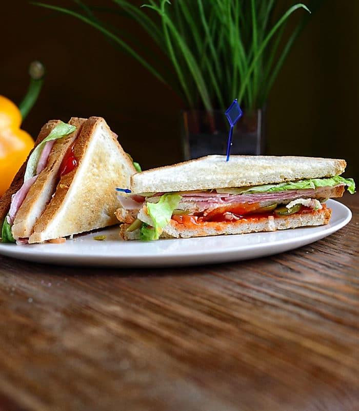 Сэндвич с ветчиной доставка сэндвичей и пиццы в Орле ресторан Лабиринт