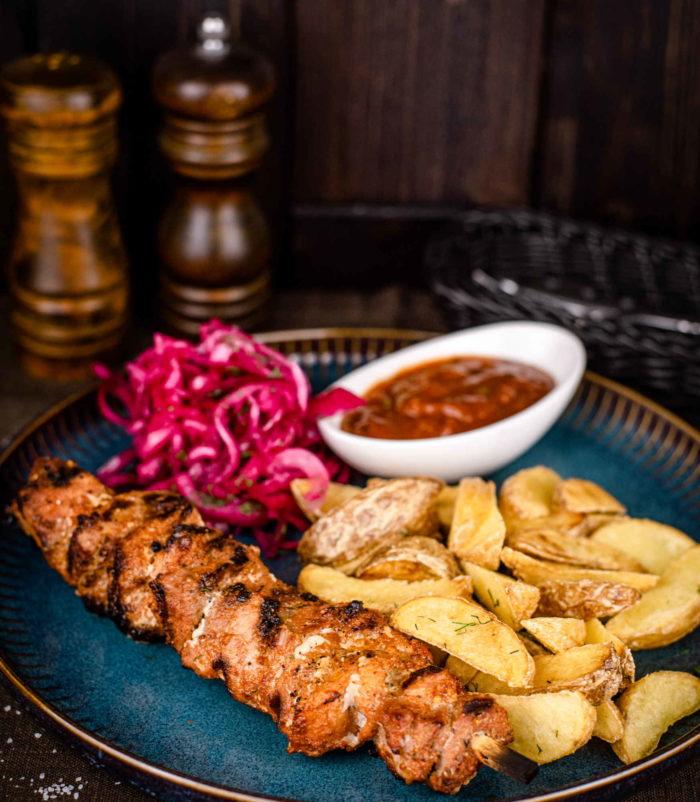 Шашлык из свинины доставка ресторан лабиринт